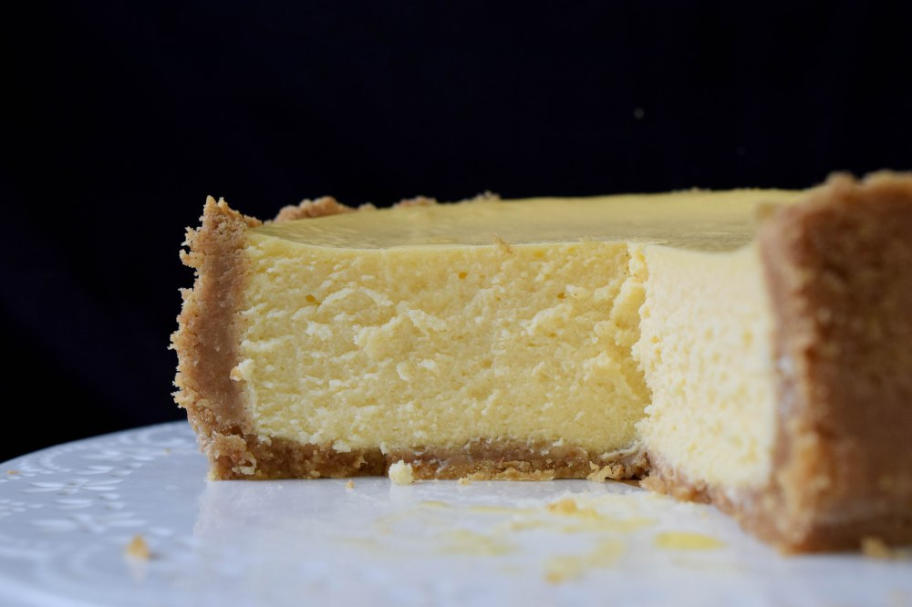 cheesecake_whole