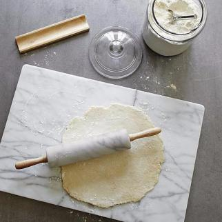 natural-marble-rolling-pin-with-wooden-handles-and-rest-1_grande